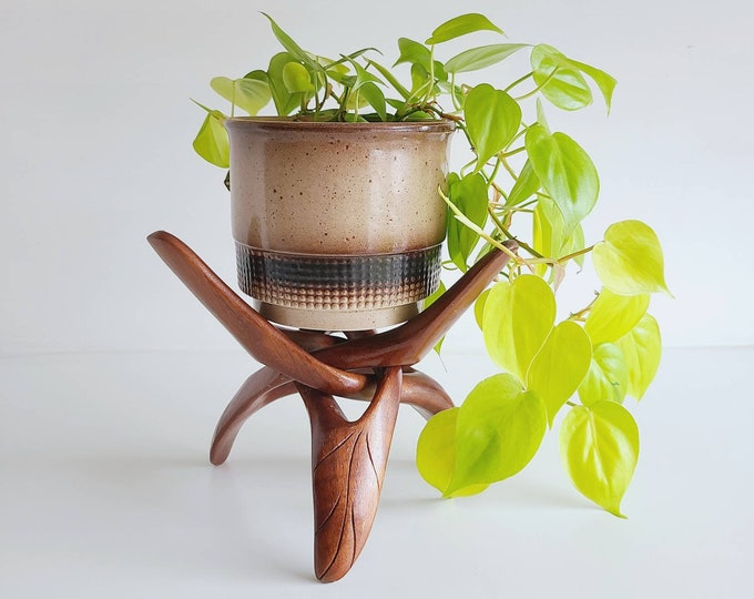 Vintage plant stand | wooden puzzle stand plant holder | carved wood single piece plant stand
