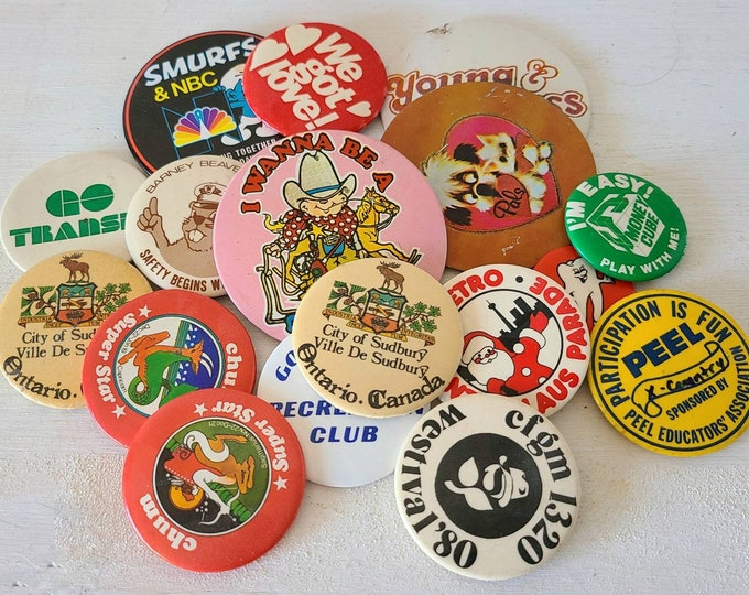 Vintage pins lot of 17 | pin back buttons | eighties | smurfs | young and the restless | santa claus parade |