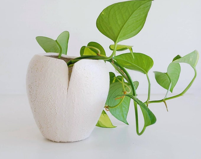 Mid century volcanic glaze white vase | organic shape vase | fat lava | studio pottery vase |