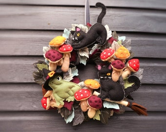 Autumn Wreath PAPER SEWING PATTERN - The Witches' Friends Autumn & Halloween Wreath - Paper Instructions + Full-sized Pattern Templates