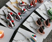 Mini cake on plates - Necklaces, Earrings - Hand-sculpted - Rainbow, chocolate, red velvet, strawberry, lime, carrot, orange