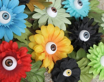 Eyeball flower clips- Small/med daisy style; For hair or clothing