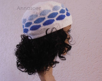 Crocheted hat / beanie handmade with 100 % cotton yarn for someone who wants to wear something unique
