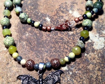 Serpentine necklace with pewter bat!