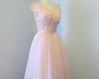 fcc8781ace34 1960s Light Pink Formal Prom Dress Evening Gown Pink Lace Bodice Emma Domb