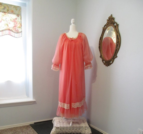 Vintage 1950s 1960s Coral Lingerie Nightgown And P