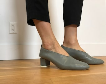 9262f0a168fc9 Taupe low heel   Etsy