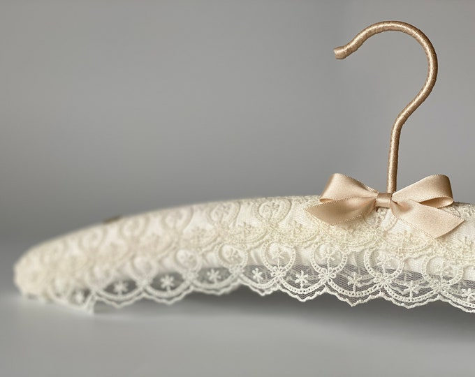 Ivory Tiered Lace Bridal Hanger