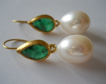 Emerald and Pearl Earrings in 22K Gold