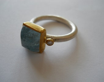 22K Gold and Fine Silver Aquamarine and Diamond Ring