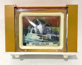 Sydney Opera House on TV Salt and Pepper Shaker, Vintage Australian Souvenir Salt and Pepper
