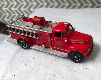 d52233a3e8cae Hallmark Keepsake Christmas Ornament 1951 Ford Fire Engine Fire Brigade  Truck