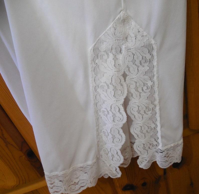 undergarment 28 to 32 waist 38 long Komar Med white half slip lace half slip lingerie slip lacy Long half slip vintage lingerie
