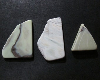 Healite Flat Touchstones ~ 3 pieces ~ Clears Pain ~ Tumbled Soft ~ Reiki Charged ~ 5H10