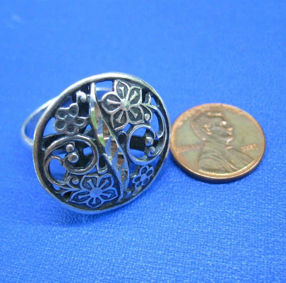 Unusual gift for wife Russian filigree jewelry vin