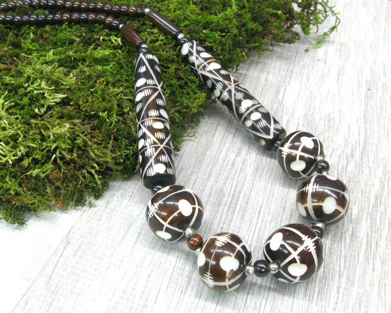 Carved Bone Ball Necklace Vintage India Batik Bone Chunky Necklace For Women Dark Brown Bone Jewelry