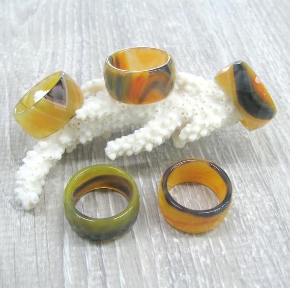 25f37045f8247 Anneau dagate jaune moutarde anneaux bague en pierre solide   Etsy