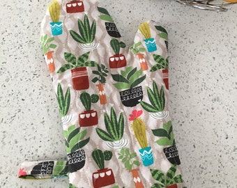 Succulents Boho Jungle Oven Mitt and Potholder Set