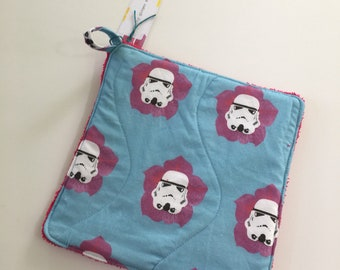 Star Wars Storm Troopers Oven Mitt and Potholder Set