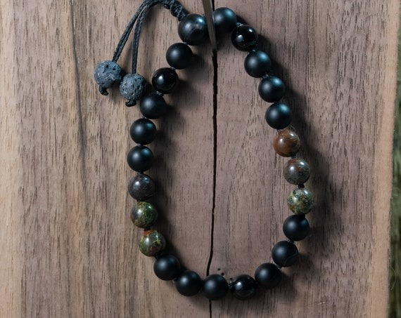 Hand made Mala Bracelet with Moss Agate And Onyx
