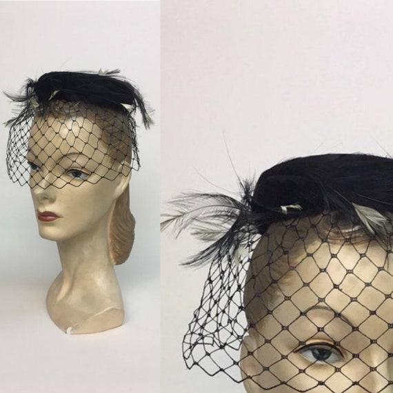 vintage 1960s Black Pillbox Netted Hat  / Vintage