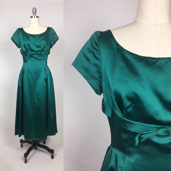 Vintage 1950s Heavy Green Satin Evening Party Gown