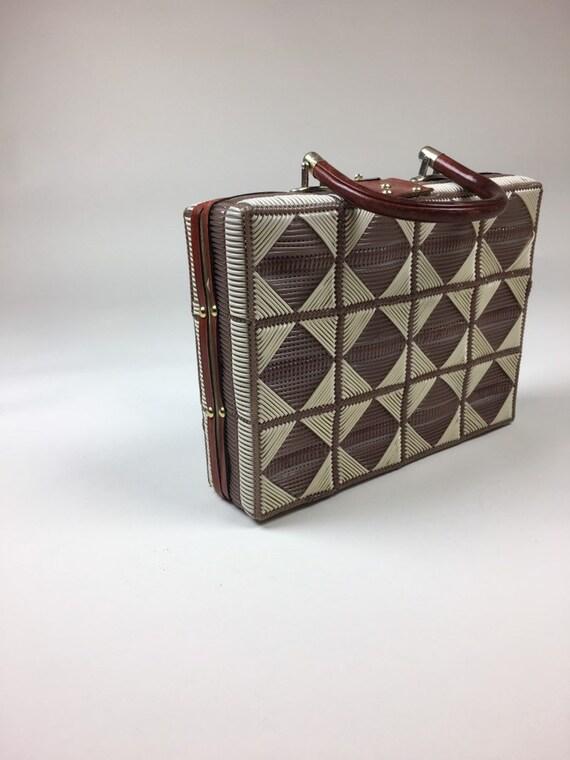 Vintage 1960s Wicker Box Purse Handbag  / vintage