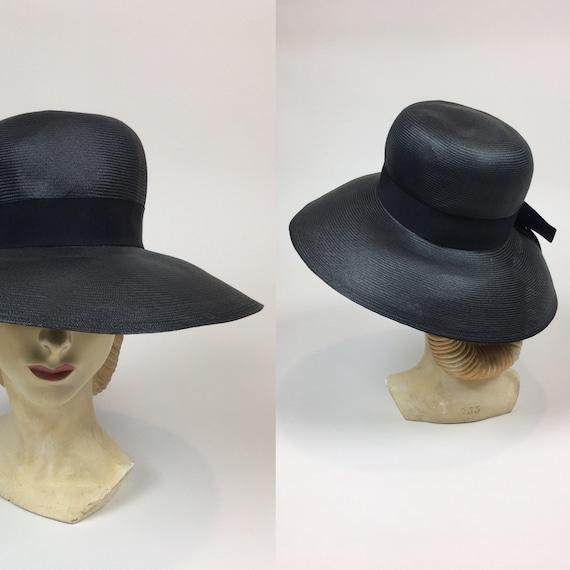 vintage 1960s Black Straw Wide Brim Sun Hat / Vint