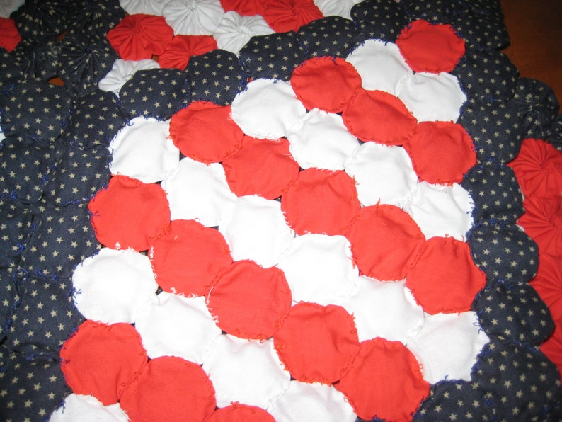 Patriotic tabletopper handmade hand stitched yoyos red white blue with tiny stars
