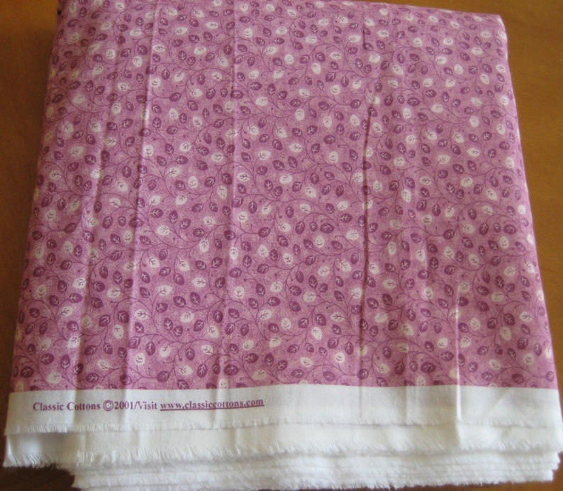 Classic Cottons 2001 Fabric Calico tiny leaves pink shades OOP image 0