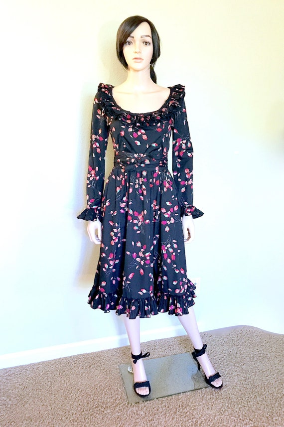 1970s Floral Print Dress With Pockets Wedding Guest Dress Etsy