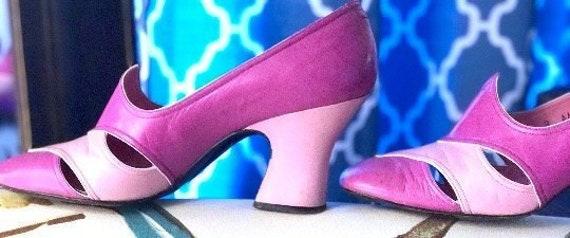 Aladdin Princess Pink Shoe! Vintage 1960s Jerry Ed