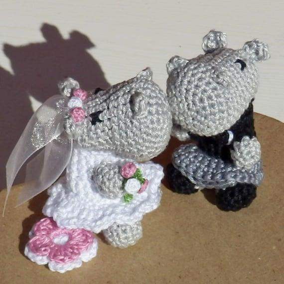 Crocheted Animal Wedding Set with Kilt - kilt-clad groom - groom with kilt wedding set
