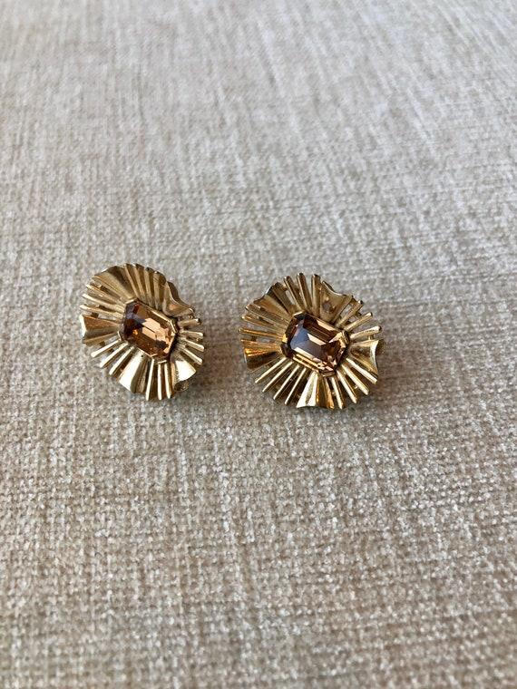 Gorgeous vintage Trifari topaz earrings