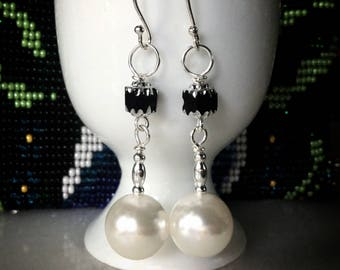 Chic Black and White Dangle Earrings, Pearl Earrings, Cathedral Bead Earrings, Elegant Earrings, Party Earrings, South Sea Shell Pearls