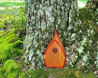 Fantasy Arched Fairy Door – Opens and Closes. Red and black