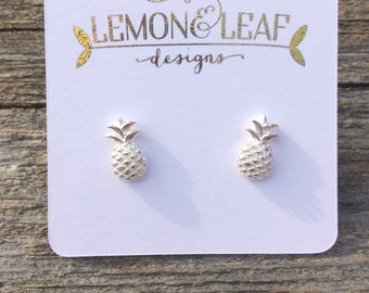 Silver pineapple studs, pineapple earring, silver pineapple Super sweet pineapple studs available in gold and silver.