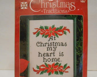 At Christmas my heart is Home, 18 count, Wall hanging, embroidery, 5x7