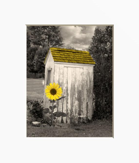 Farmhouse Bathroom Wall Art, Sunflower, Vintage Outhouse, Country Bath  Decor, Yellow Bath Wall Print