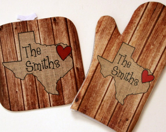 Personalized Gifts for Cooks Home State Wedding Gift Wood-Look Oven Mitt Pot Holder Monogrammed Gift Set Custom Pot Holders Texas State