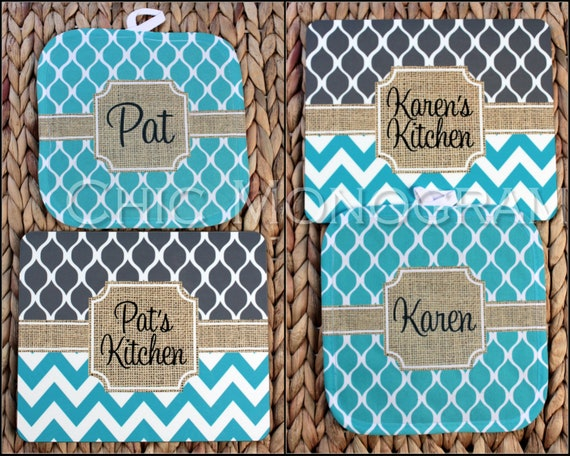 Cooking Gift Baking Gift Pot Holder and Matching Hardboard Trivet Set Monogrammed Gift Set Personalized Gifts for Cooks Mothers Day Gift