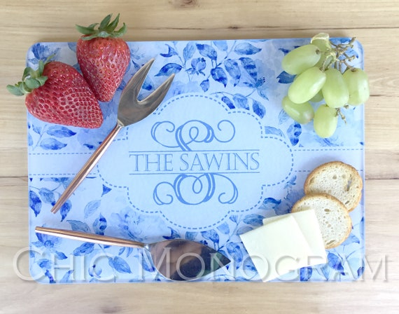 Mothers Day Gifts for Mom Classic Personalized Cheese Board Cheese Cutting Board Mothers Day Blue China Glass Mom Cutting Board Monogrammed