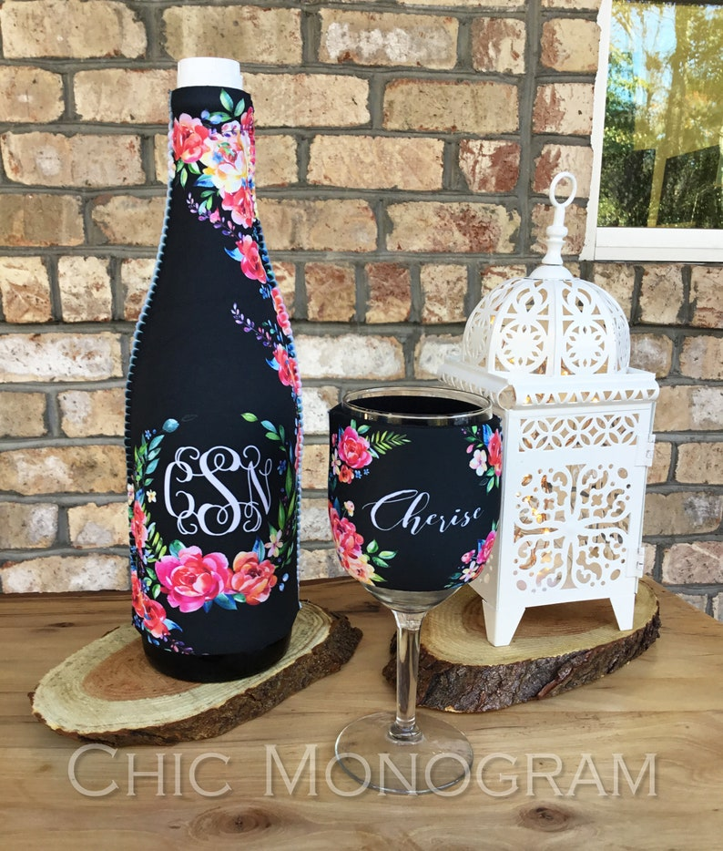 Bridal Party Gift Wine Set Lovers Elegant Floral Monogrammed Bottle Glass Insulator Hugger