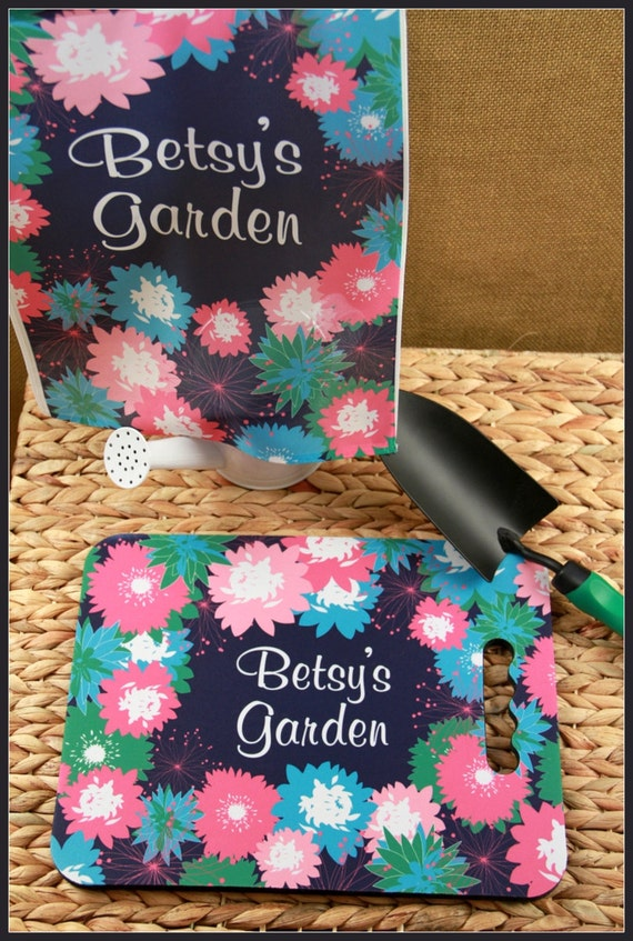 Garden Knee Pad with Matching Garden Flag Garden Gifts for Grandparents Custom Gifts for Mom Personalized Gift for Grandma Outdoor Bleachers