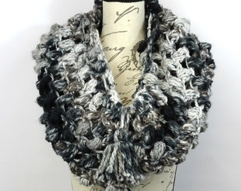Oversized Cowl, Chunky Scarf, Cowl Scarf, Infinity Scarf, Winter Scarf, Circle Scarf, Crocheted Cowl, Loop Scarf, Scarf with Tassels