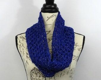Blue Winter Scarf, Crochet Cowl, Infinity Scarf, Oversized Scarf, Granny Square, Crochet Square, Neck Warmer, Crochet Chunky Scarf,