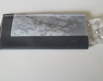 Pill case / pillbox woman trio of grey