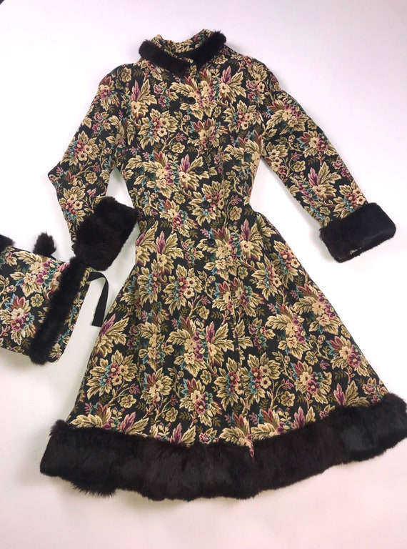 Vintage 50s 60s tapestry fur trimmed princess coat