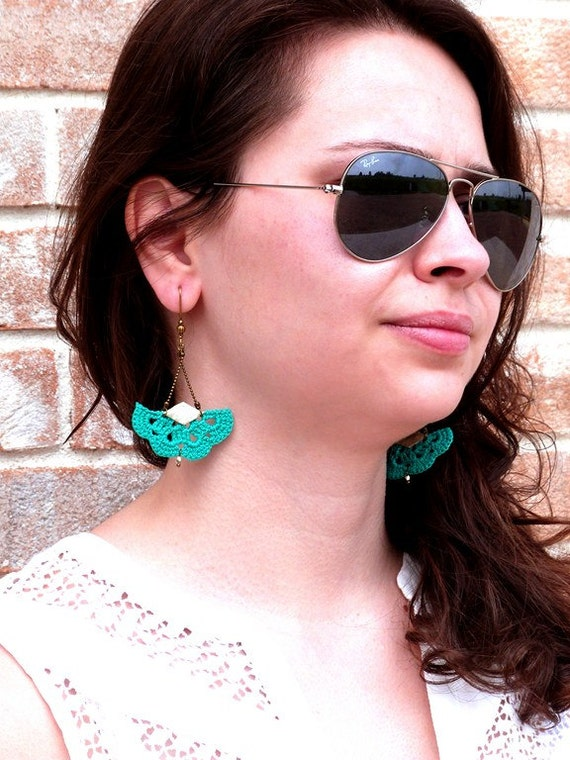"""AEMULA emerald green earrings / gold - fan leather hook - jewelry Boho hippie wedding / everyday - """"Gypsy Chic"""" Collection"""