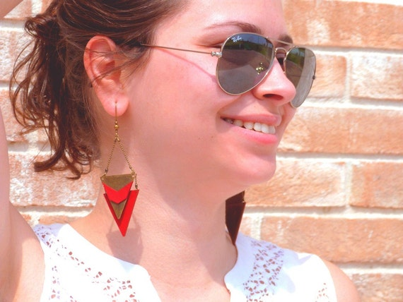 """CHEYENNE red Chevron metal triangle earring / leather - Collection """"Indian summer"""""""